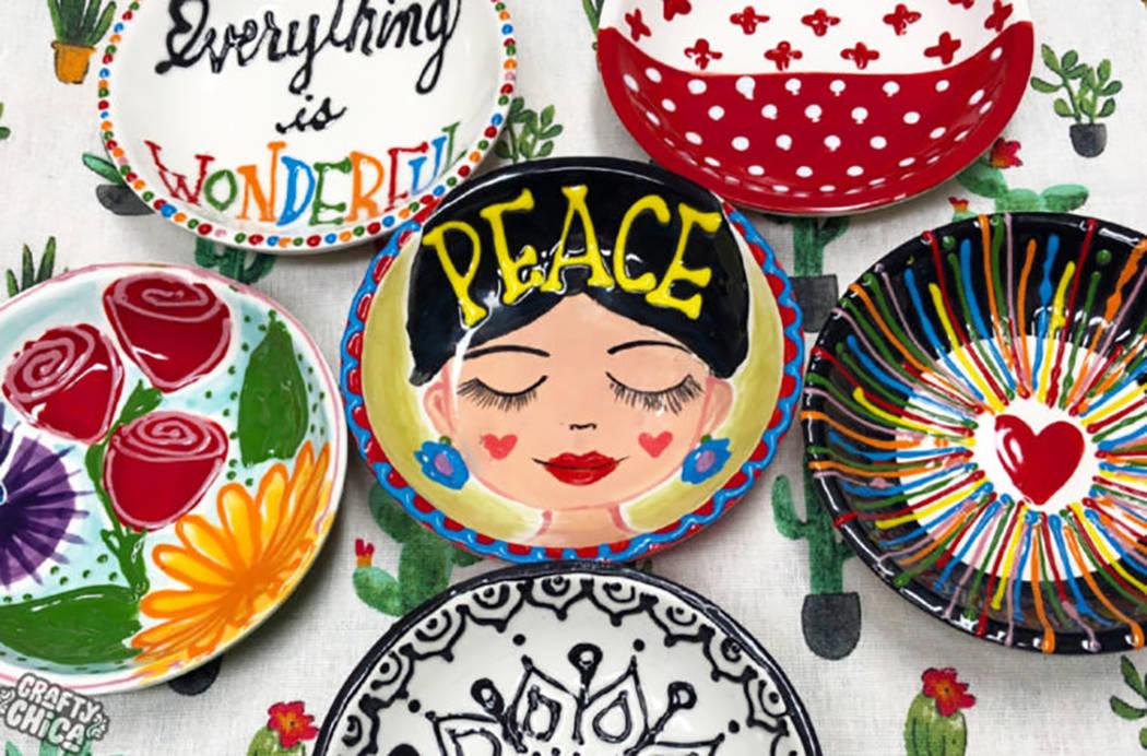 Kathy Cano-Murillo, es una artista fundadora de la galardonada marca de manualidades, CraftyChi ...