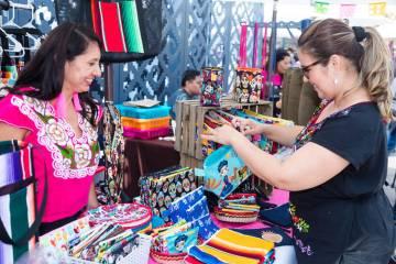 Los cuatro #LatinxCulturepreneurs presentados en esta campaña son representantes de la riqueza ...