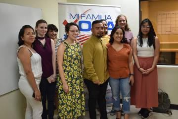 La organización Mi Familia Vota llevó a cabo un taller informativo sobre cómo llenar los For ...
