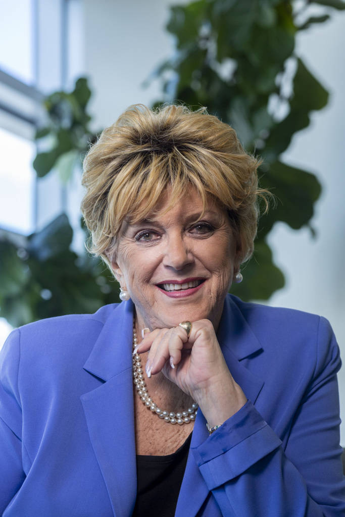 La alcaldesa Carolyn Goodman en el Ayuntamiento de Las Vegas, 16 de septiembre de 2019. (Elizab ...