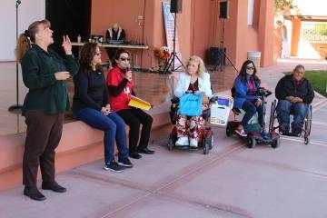 En el evento se incluyó el lenguaje de señas. Sábado 12 de octubre de 2019 en el parque Twin ...