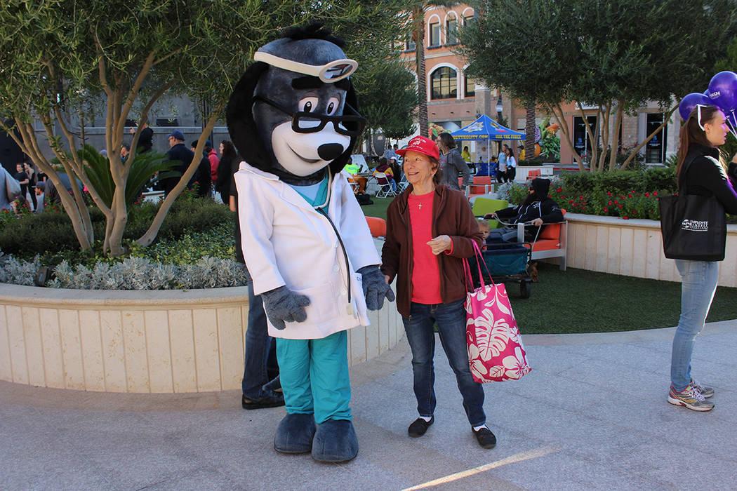"""La caminata Teddy Bear es parte de muchas otras """"competencias"""" con causa. Sábado 13 de oct ..."""
