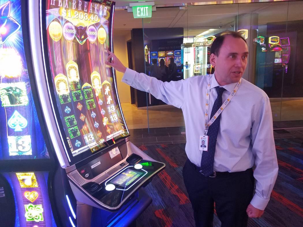 Hexbreaker es uno de los juegos heredados de IGT. Nick Khin, director comercial de juegos para ...