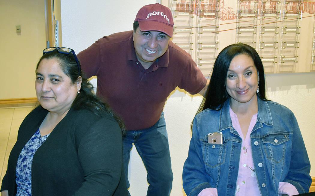 """Mexicanos de Las Vegas dicen """"Juntos seguiremos haciendo historia"""" en 11avo foro de Morena. ..."""