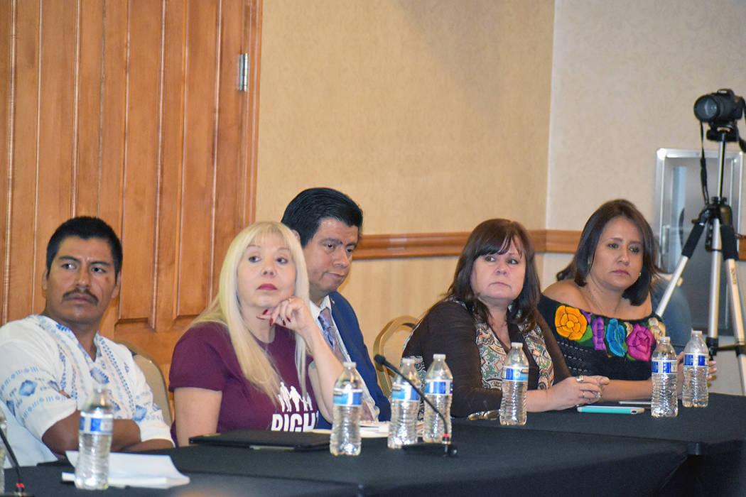 Panelistas del 11avo foro de Morena. Viernes 11 de octubre de 2019 en el Blasco Event Center, d ...