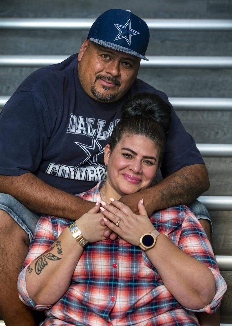 Hanna y Jerry Olivas hablan sobre su decisión de mudarse a California, donde la ley le permiti ...
