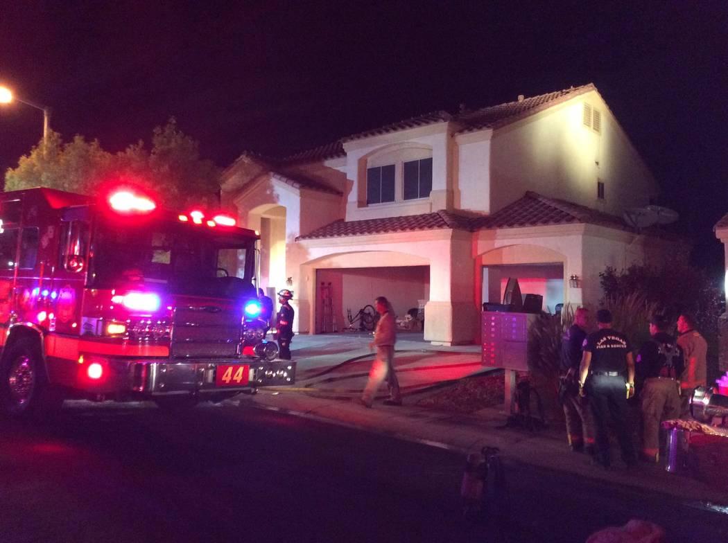 Un residente fue evacuado y el daño se estimó en 100 mil dólares en un incendio en una casa ...