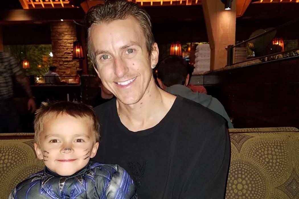 GavinMurrayPalmer con su padre, Sean Murray (Sean Murray).