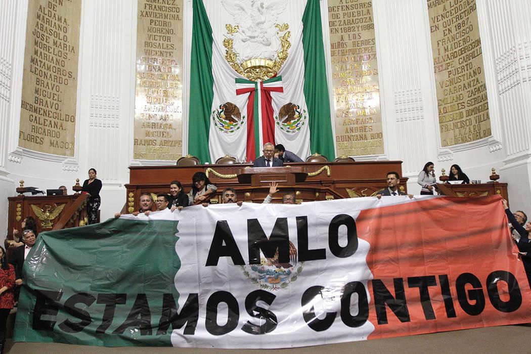 ARCHIVO. Ciudad de México, 22 Oct 2019 (Notimex-Alejandro Guzmán).- La bancada de Morena en e ...