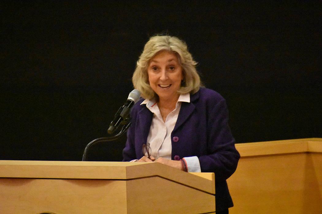 La congresista Dina Titus abordó la importancia de combatir el problema de la violencia domés ...