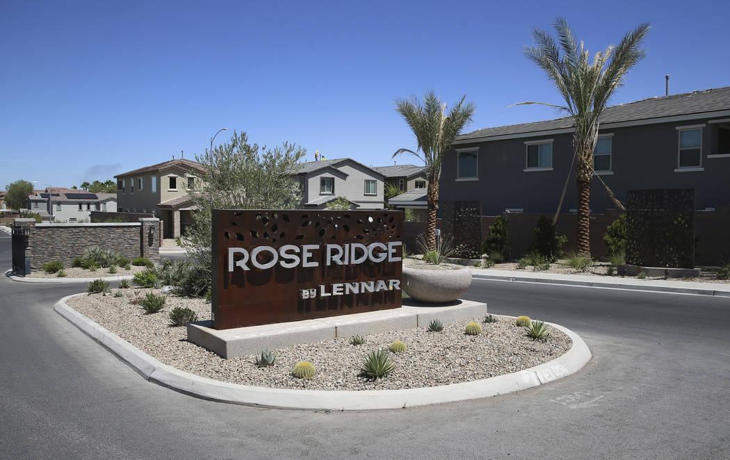 La subdivisión Rose Ridge de Lennar en Henderson, miércoles 21 de agosto de 2019. (Erik Verdu ...