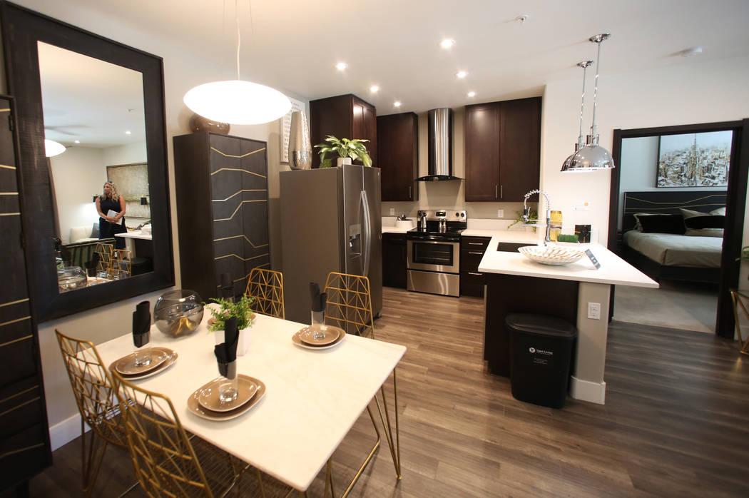 El complejo de apartamentos Empire se ve el viernes, 15 de agosto de 2019 en Henderson. (Bizuay ...