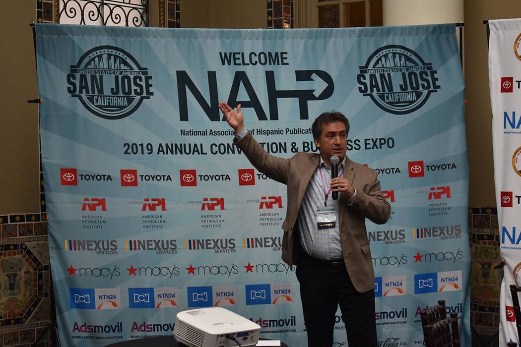 Gustau Alegret, director de noticias para NTN24 compartió el foro con su colega Julián Girald ...