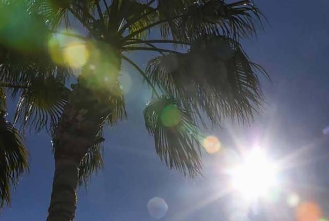 El Servicio Meteorológico Nacional afirma que las temperaturas soleadas, superiores a lo norma ...