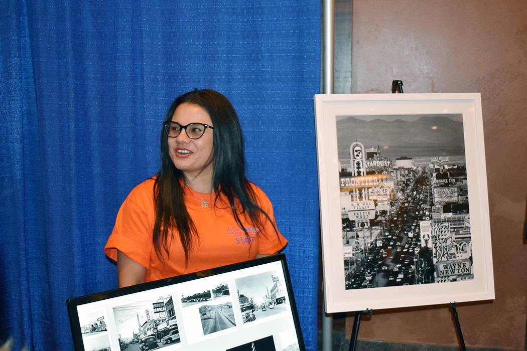 Ana Martínez, una de las voluntarias que atendieron al público en la Expo AgeWell, Summerlin. ...