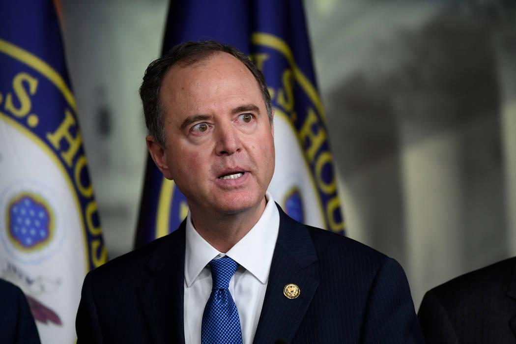Presidente del Comité de Inteligencia, el Representante Adam Schiff, demócrata por California ...