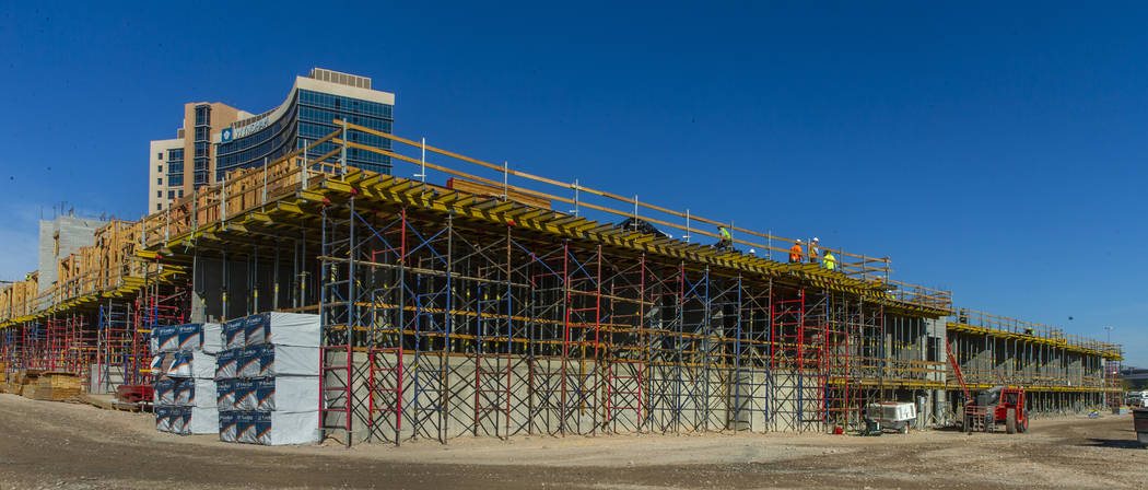 Nuevo complejo de apartamentos por el desarrollador Jonathan Fore actualmente en construcción ...