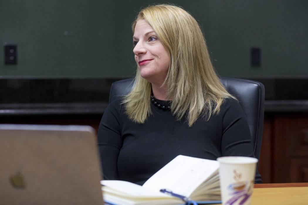 Rebecca Gill, profesora de la UNLV, directora del proyecto para la Evaluación del Desempeño J ...