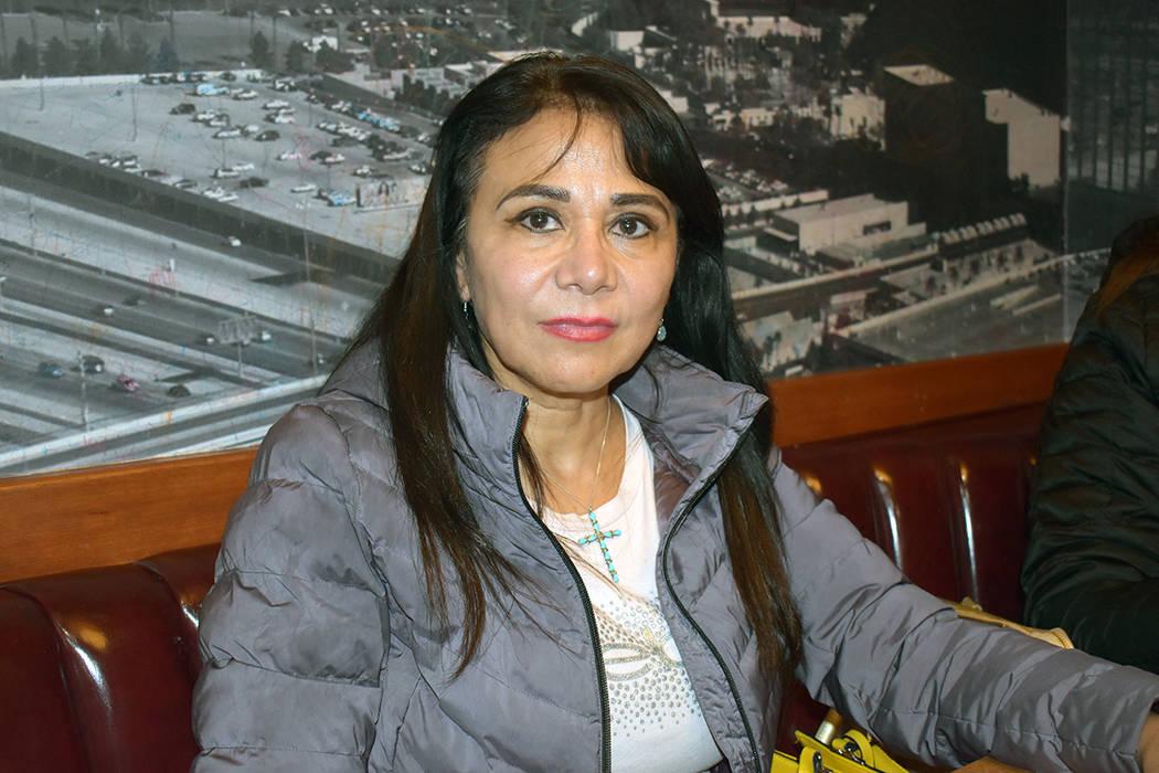 """María Guadalupe """"Lupita"""" Soto Nava, voluntaria de Smartd A.C. Miércoles 20 de noviembre d ..."""