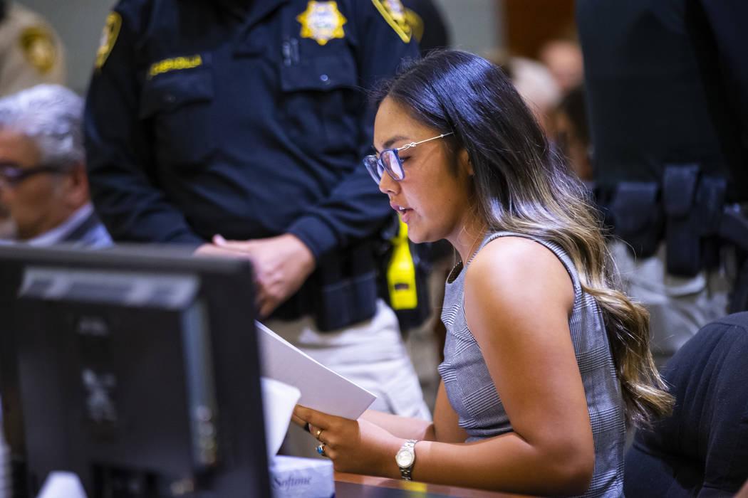 Rachel Lee, hija de Mia Banks, una ejecutiva del Venetian que fue asesinada por Anthony Wrobel, ...