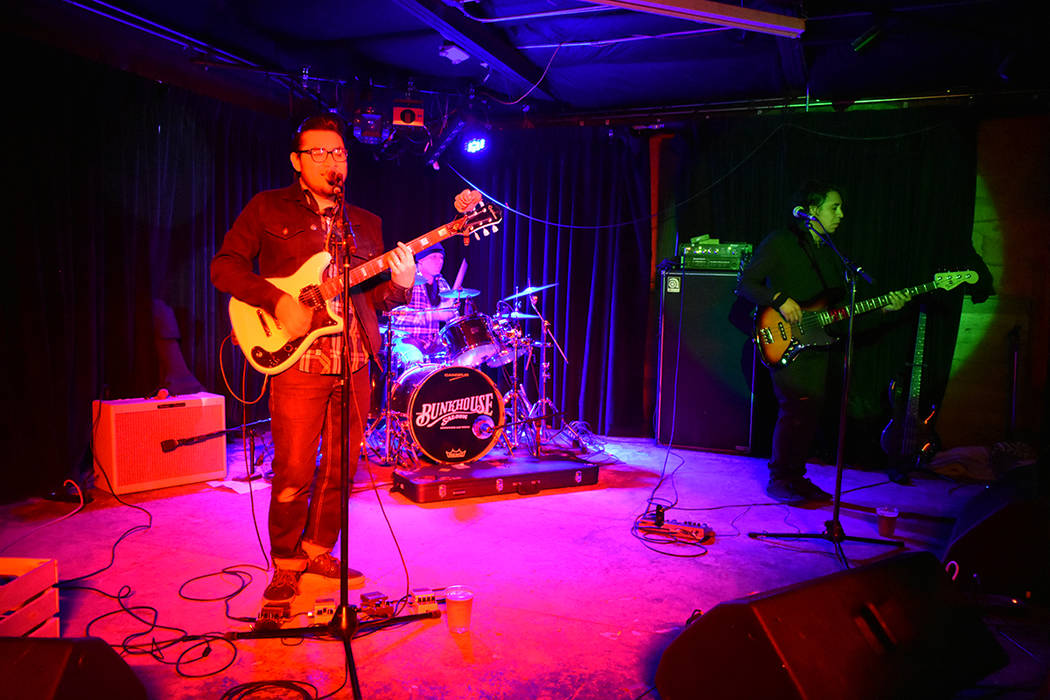 The Sonz presentó covers de reconocidas bandas como Enanitos Verdes, Maná, Caifanes, entre ot ...