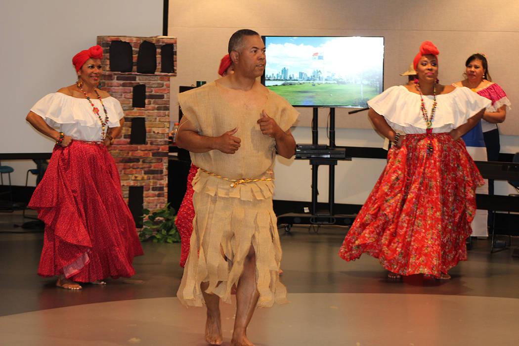 El baile panameño dedicado a Mamá Grande con herencia africana y española. Domingo 25 de nov ...