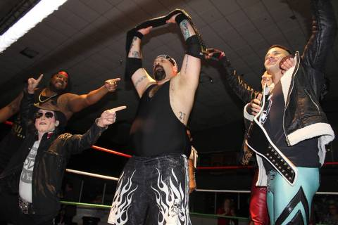 Big Dirty se convirtió en nuevo campeón pesado de BVW. Domingo 24 de noviembre de 2019 en el ...