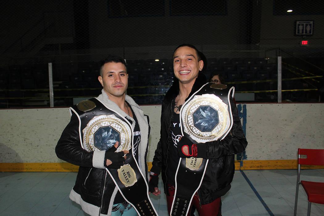 Sky High Team son luchadores profesionales graduados de la academia local de lucha. Domingo 24 ...