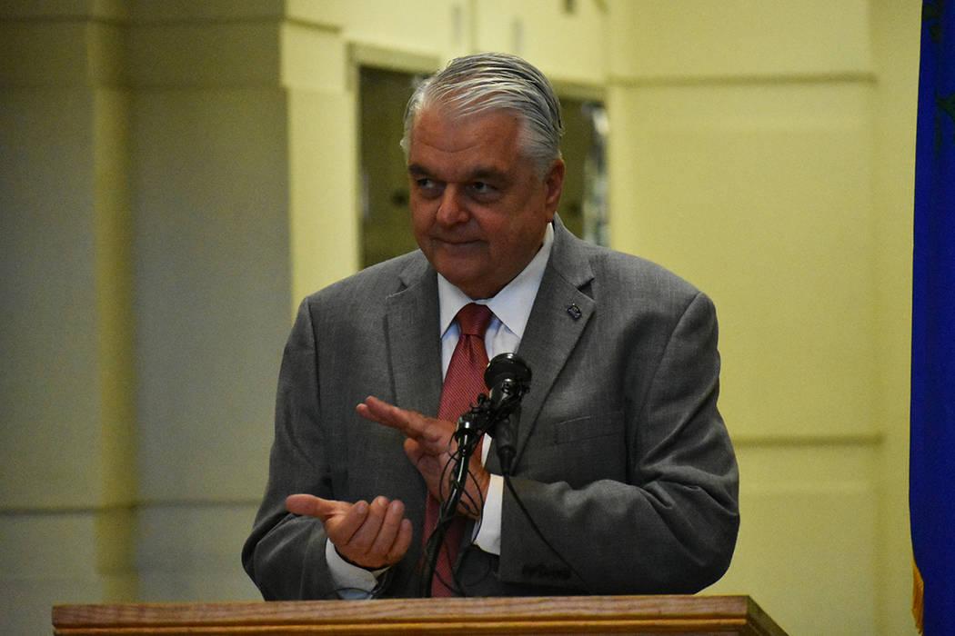 El gobernador Steve Sisolak encabezó una conferencia de prensa para informar sobre la construc ...