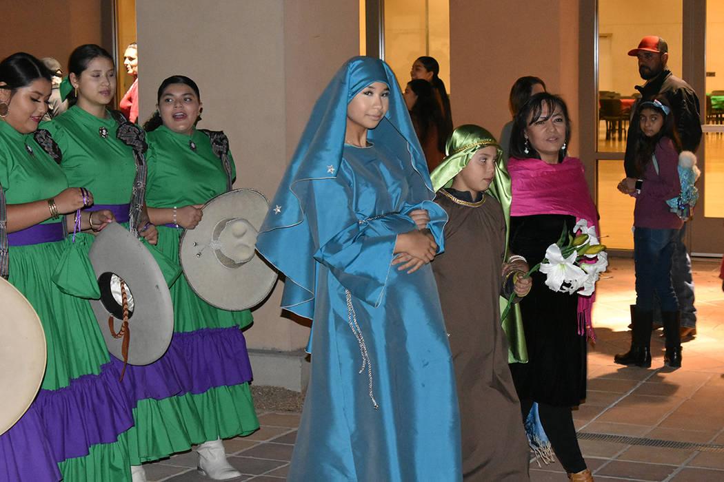 La Federación Ciudad de México llevó a cabo una tradicional Posada ante la comunidad hispana ...