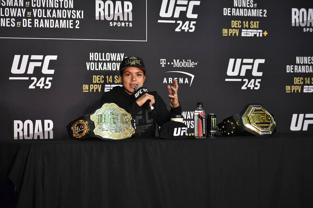 Amanda Nunes se quedó con el título de Peso Pluma Femenil tras su triunfo en UFC 245. Sábado ...