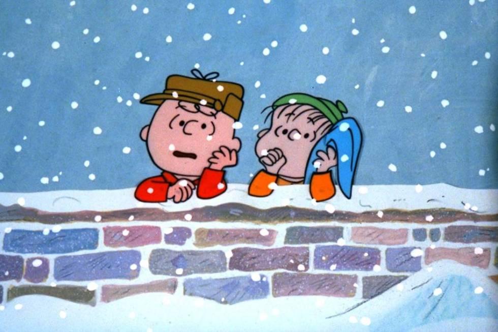 Cuando Charlie Brown se queja del materialismo abrumador que ve entre todos durante la temporad ...