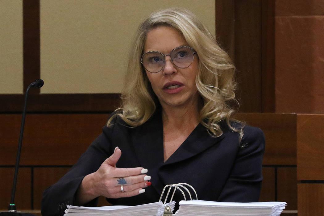 La Jueza de Paz, Melanie Andress-Tobiasson, testifica durante una audiencia de la Comisión de ...