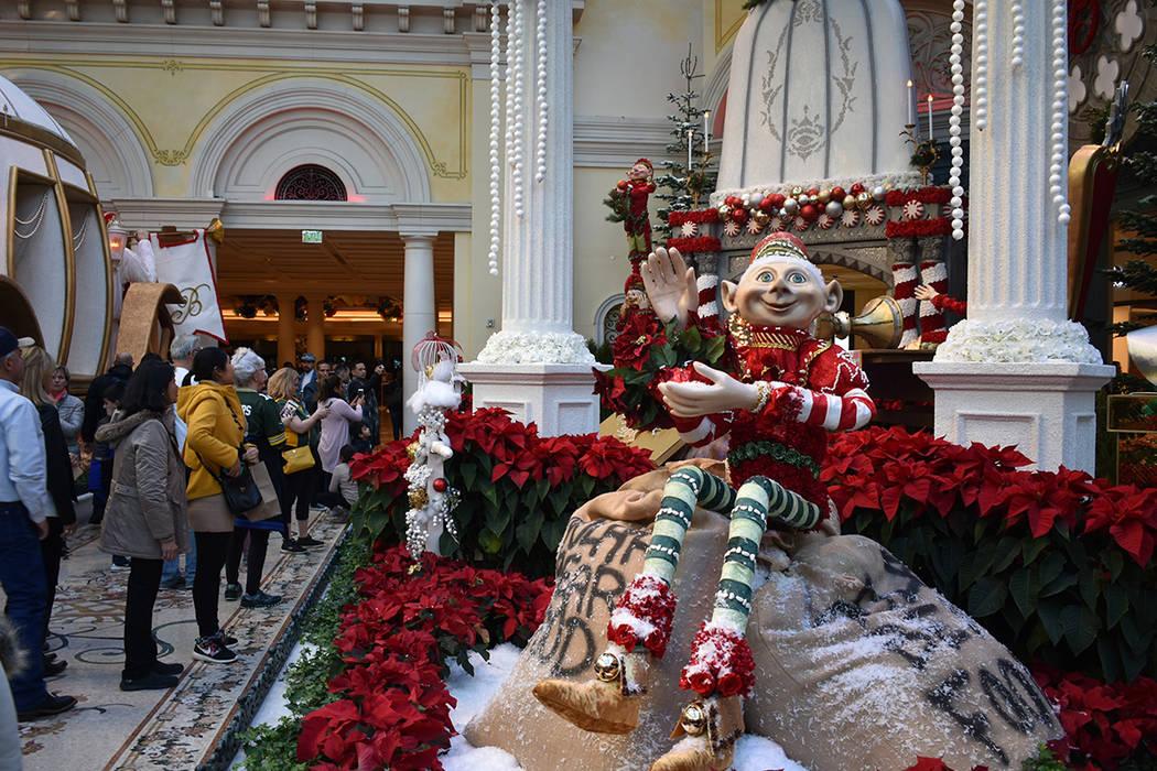 Una de las decoraciones navideñas más atractivas puede encontrarse al interior del hotel & ca ...