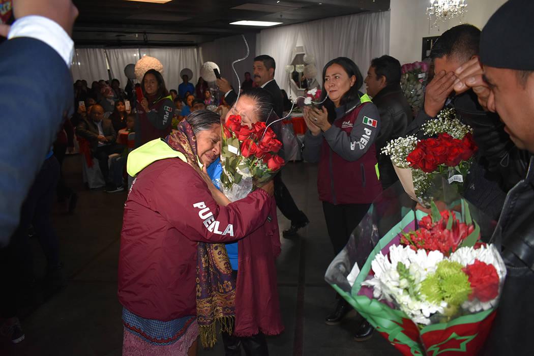 Como regalo de Navidad, el Gobierno del Estado de Puebla planeó la reunificación familiar de ...