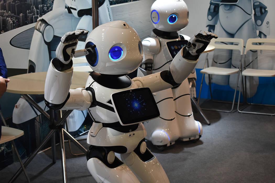 """La empresa Canbot presentó al robot humanoide """"UU-U05"""" en la CES 2020. Miércoles 8 de ene ..."""