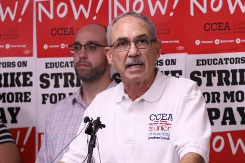 El director ejecutivo de la Asociación de Educación del Condado de Clark, John Vellardita, ha ...