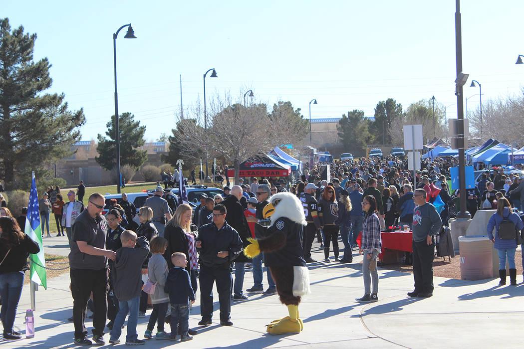 Los jefes de policía de las ciudades del sur de Nevada, asistieron a la celebración con sus f ...