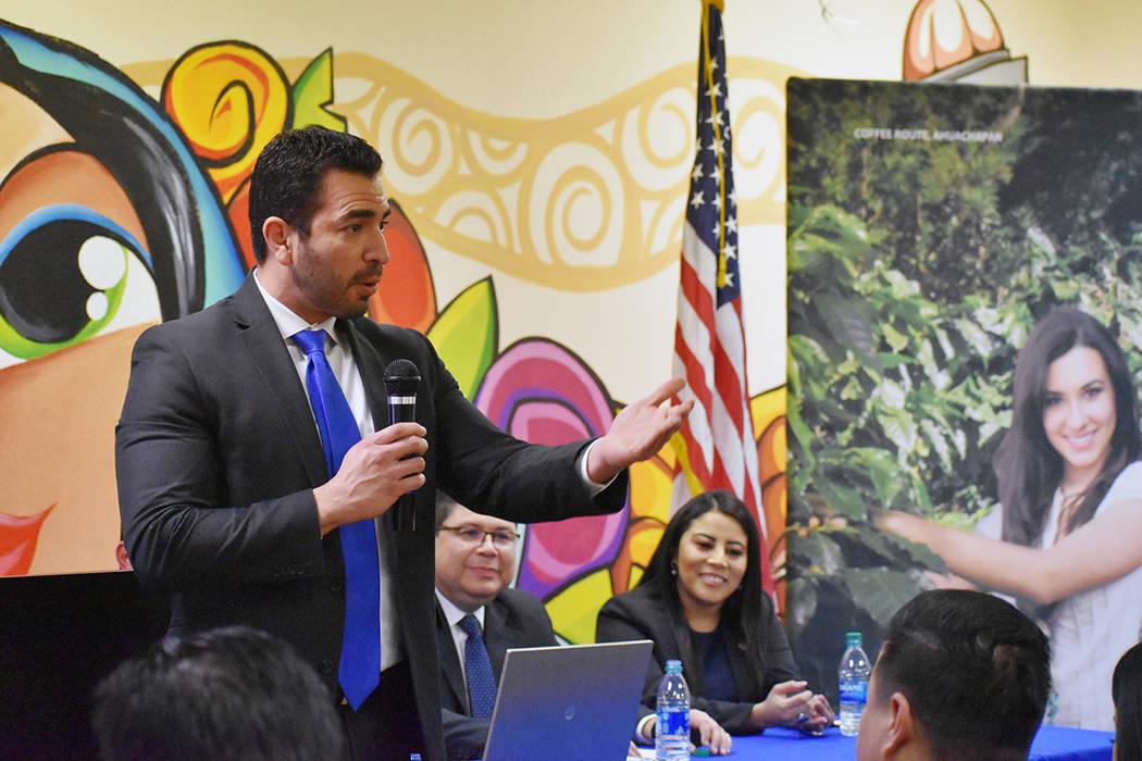 El ex-congresista de Nevada, Rubén Kihuen, felicitó a Silvia Romero por el importante cargo a ...