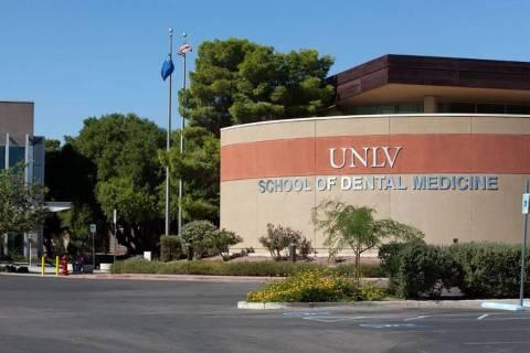 Facultad de Odontología de la UNLV. (UNLV)