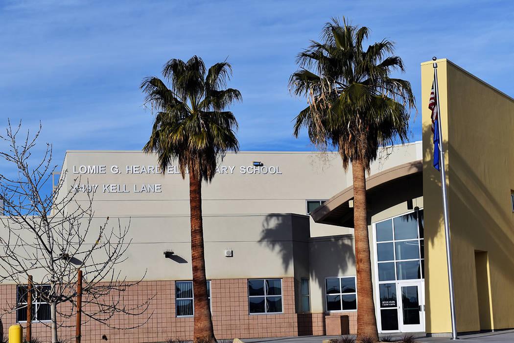 Exterior de la escuela primaria Lome G. Heard. [Foto Frank Alejandre / El Tiempo]
