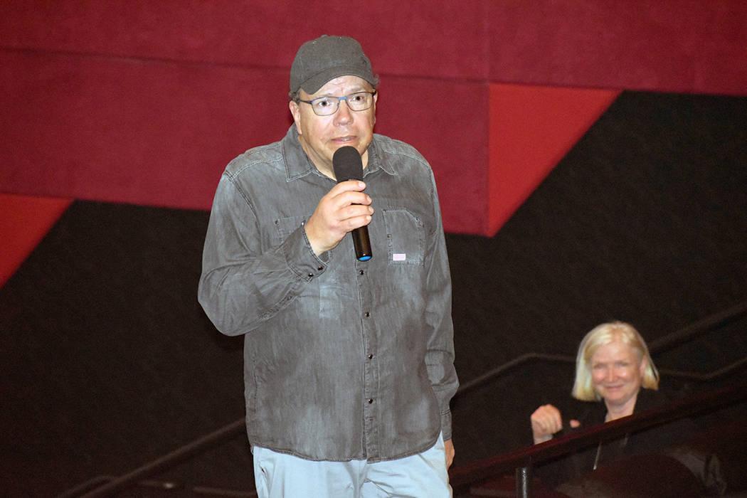 """Joshua Abbey tuvo el acierto de seleccionar la película """"Leona"""" y proyectarla en North Las ..."""