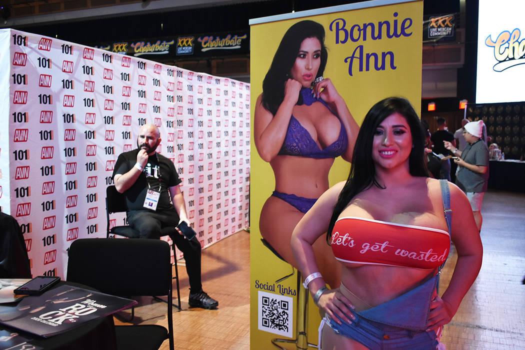 Bonnie Ann debutó en la industria XXX hace seis meses y asegura que es un buen negocio. Jueves ...