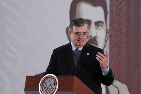 ARCHIVO. Ciudad de México, 7 Ene 2020 (Notimex- Marco González).- El presidente Andrés Manue ...