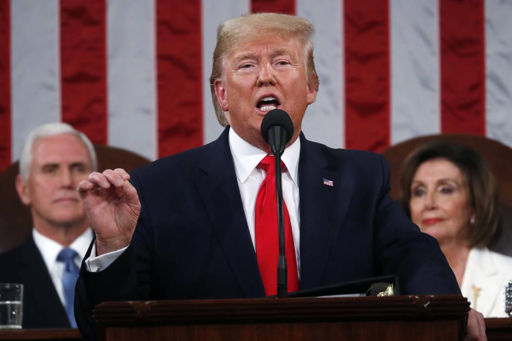 El presidente Donald Trump pronuncia su discurso sobre el Estado de la Unión en una sesión co ...