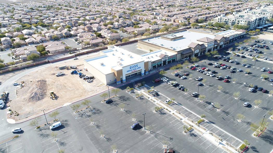Remington Nevada construye un centro comercial de 250,000 pies cuadrados y continúa agregando ...
