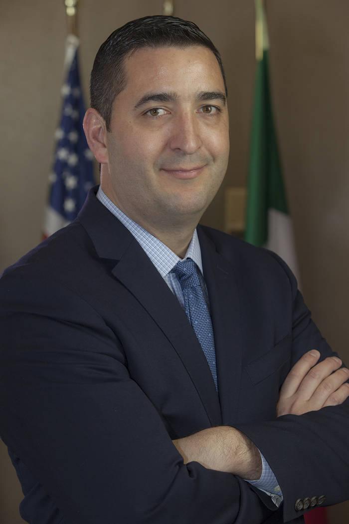 El abogado Daniel Serna explicó las repercusiones que puede tener la eliminación de DACA. Fot ...