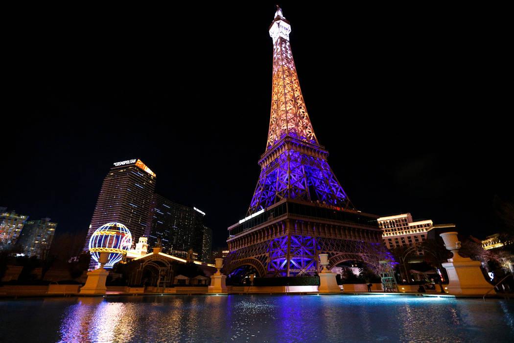 El Paris Las Vegas debuta con un nuevo espectáculo de luces de la Torre Eiffel de 1.7 millones ...