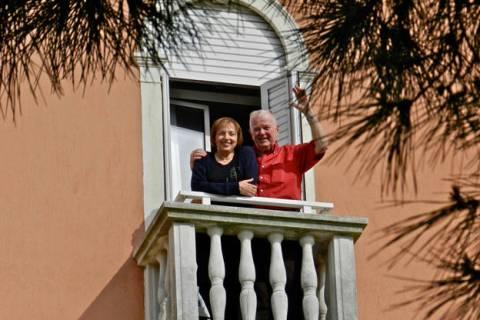 Paulette y Joseph Schaeffer en Venecia, Italia. 2012. (Fotografía por Joseph Schaeffer)