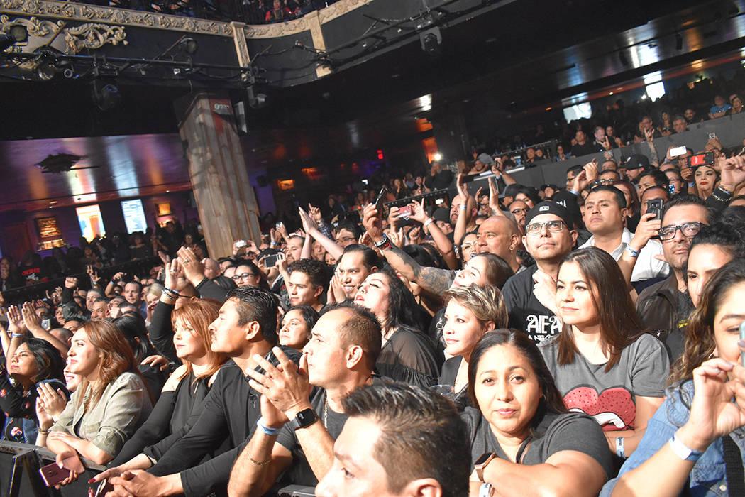 Estos conciertos permiten reencontrase con amigos, pioneros que apoyan el movimiento roquero de ...